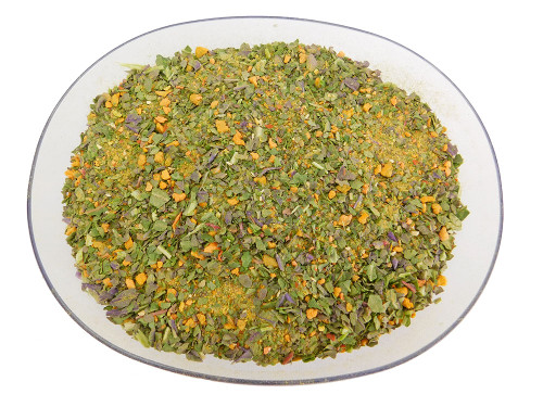 A blend of powdery flakes that pays homage to vitamin A-rich organic vegetables.
