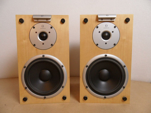 Audiovector Mi1 Loudspeakers Boxed