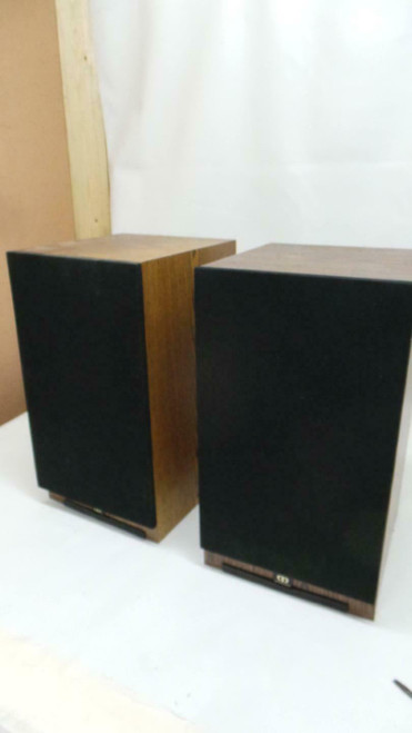 Monitor Audio 852 MD Speakers Boxed