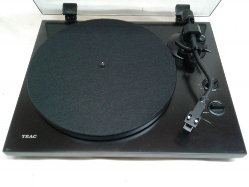 Teac TN350 Belt Drive Turntable with Built In Phonostage and USB Out