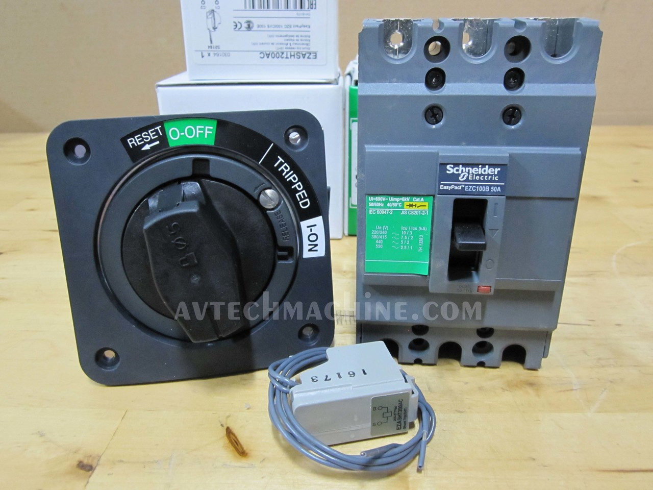 Ezc100b3050 Schneider Breaker 50a With Rotary Handle Shunt Trip How To Reset A Tripped Circuit