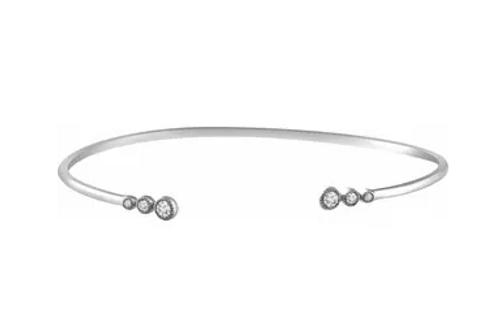 "14kwg 1/4cttw graduated diamond bangle bracelet 7"""