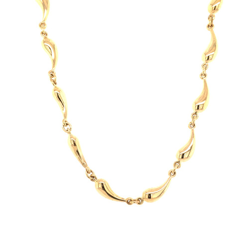 14 karat yellow gold fancy link chain.