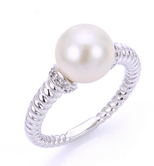 Sterling Silver Freshwater pearl and white topaz ring