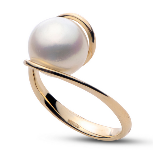 14 Karat bypass style Pearl Ring.
