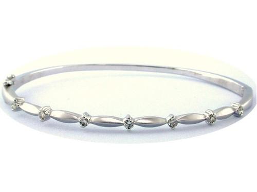Custom design (7)prong set diamond hinged bangle bracelet