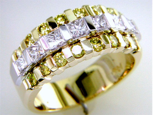 Custom design two tone  PC diamond/round yellow diamond band