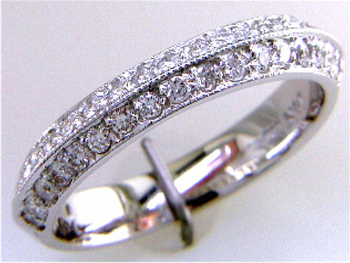 Custom design knife edge pave' diamond band