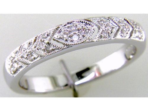 Custom design MQ/chevron pattern diamond band