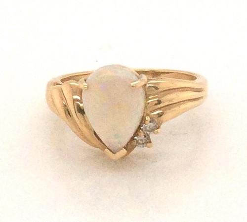 Pear shape opal ring.