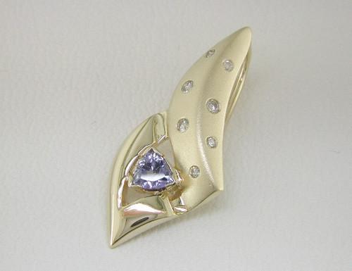 Custom design satin and polished diamond/trilliant tanzanite pendant