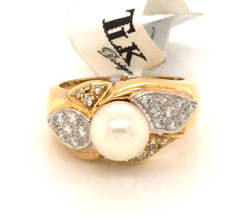 Pearl and pave diamond ring