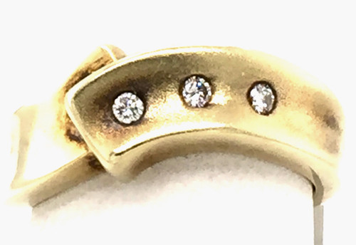 14 karat yellow gold 3 round diamond band