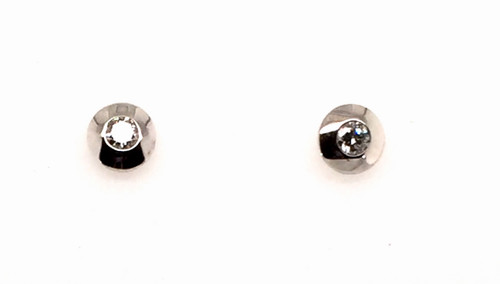 14kwg bezel set diamond stud earrings 0.41cttw