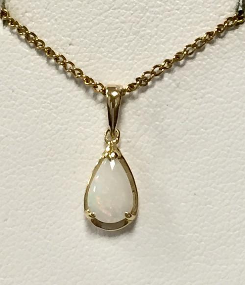 14kyg pear shaped opal pendant