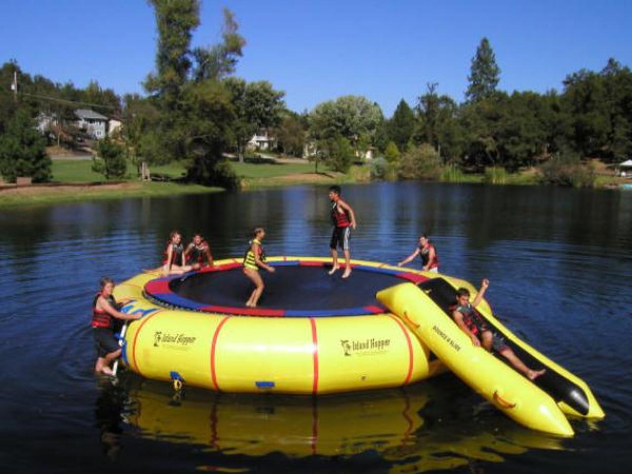 The Island Hopper Giant Jump 25'