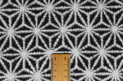 Asanoha shibori white on black