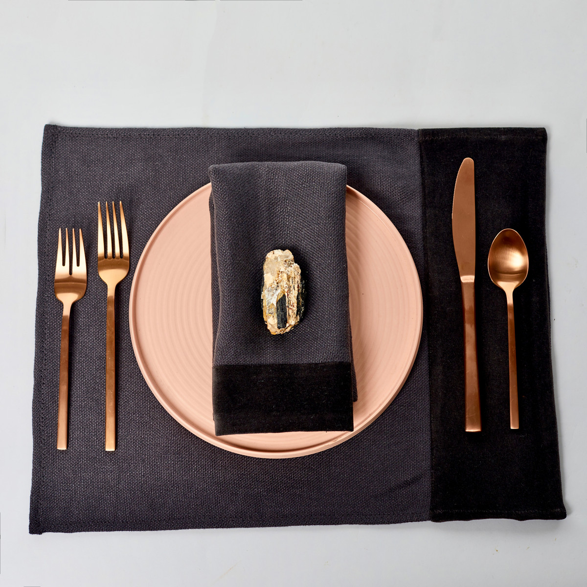 Alexis Linen and Velvet Placemat Setting- Shungite