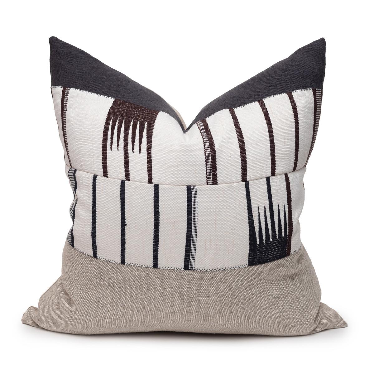 Galaxy Linen Aso Oke Luxe Vintage Pillow - Noir - 22 - Front