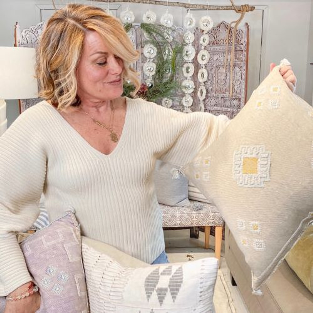 Pillow Styling With Cindy
