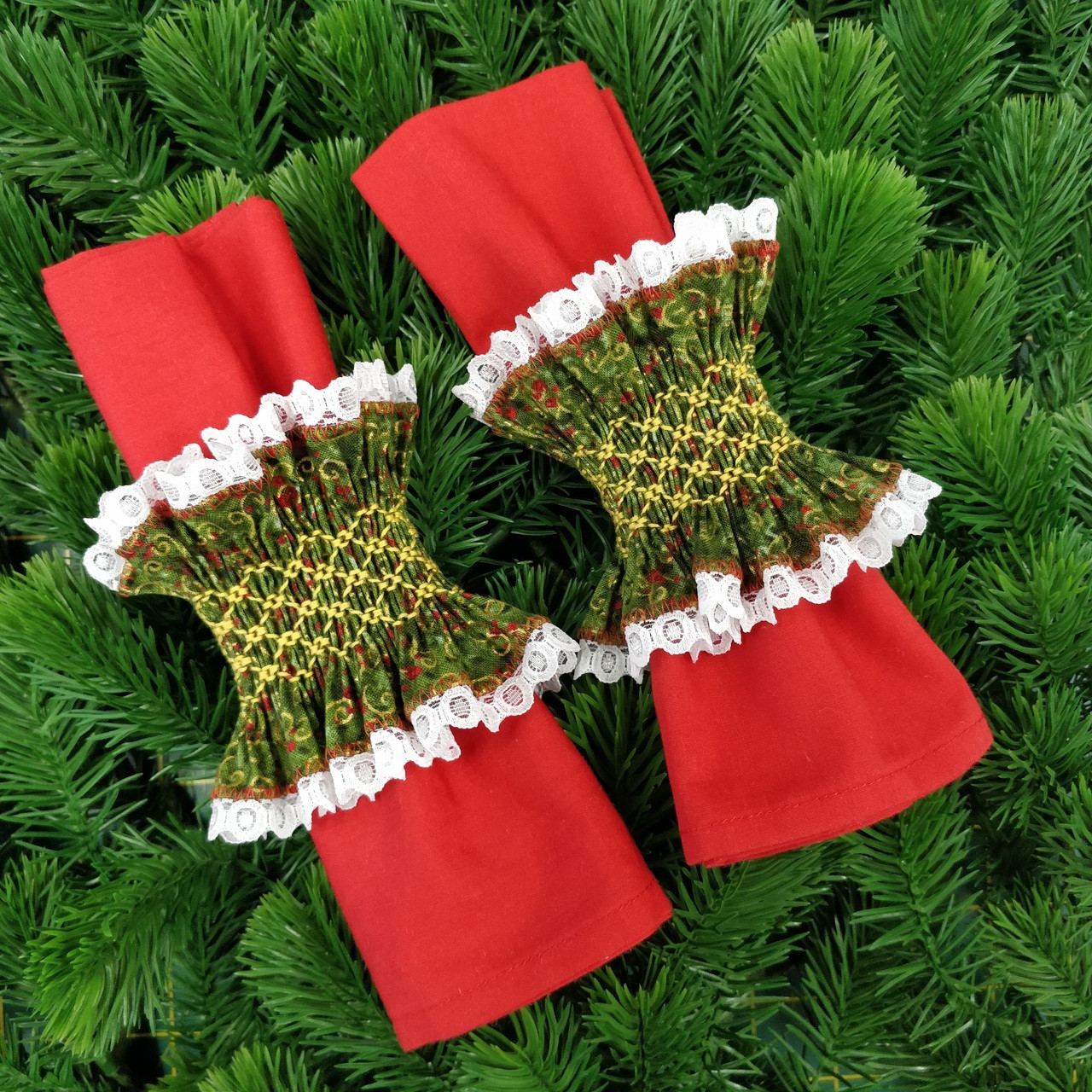 Ready To Smock Pair Of Christmas Napkin Rings