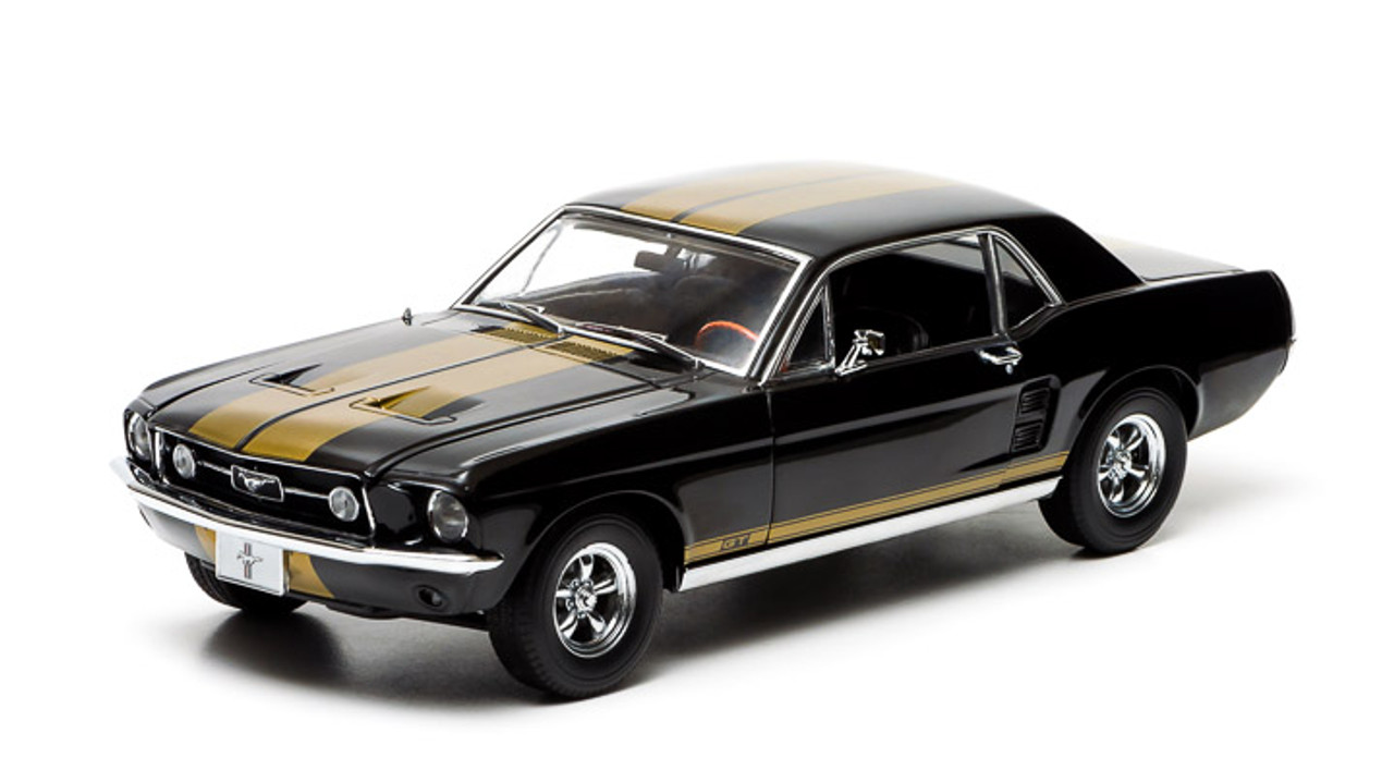 1 18 1967 Ford Mustang Coupe Black With Gold Stripes Town And Country Toys