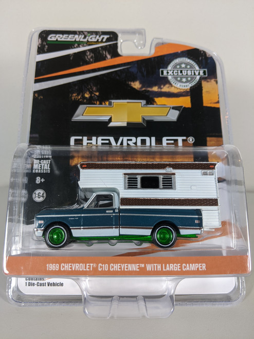 1:64 1969 Chevrolet C10 Cheyenne with Large Camper (Hobby Exclusive) Green Machine