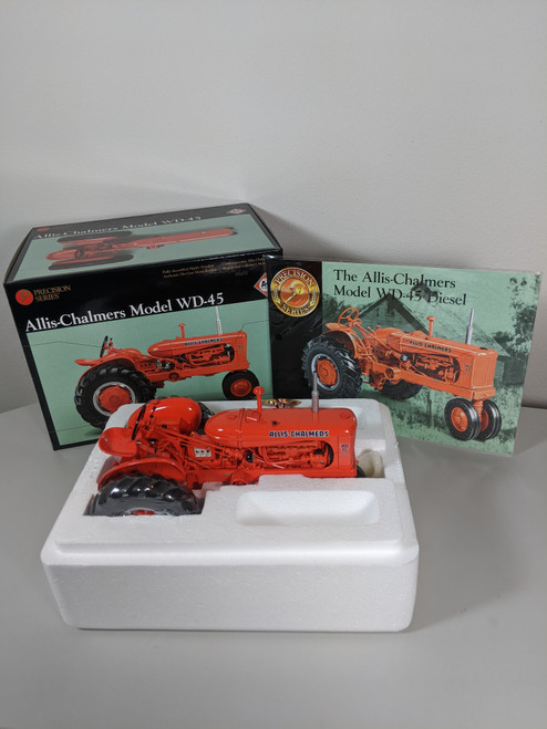 1:16 Allis Chalmers WD-45 Diesel Tractor, Precision Series 7
