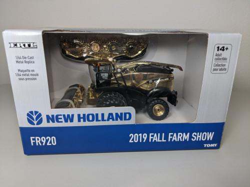 1:64 New Holland FR920 Forage Cruiser, 2 Heads, 2019 Fall Farm Show Gold Chase Unit