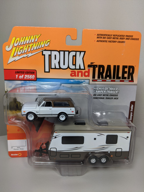 1:64 Truck and Trailer 1970 Chevrolet Blazer Square Body with Camper Trailer by Johnny Lightning