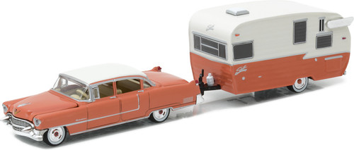 1:64 Hitch & Tow Series 9 - 1955 Cadillac Fleetwood Series 60 Special and Shasta 15' Airflyte
