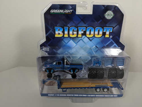 "1:64 Bigfoot #1 The Original Monster Truck (1979) - 1974 Ford F-250 Monster Truck on Gooseneck Trailer with Regular and Replacement 66"" Tires (Hobby Exclusive)"
