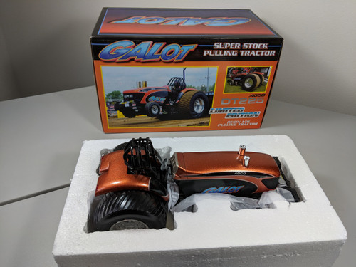 1:16 AGCO DT225 GALOT Super Stock Pulling Tractor