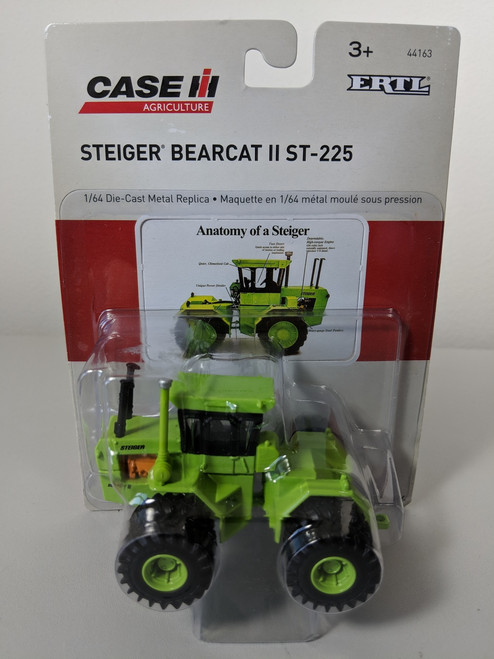 1/64 Steiger Bearcat II ST-225 4WD Tractor with Dual Wheels