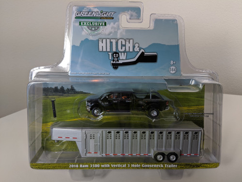 1:64 2018 RAM 3500 – Black Clearcoat and Black trim w/Polished Chrome Vertical 3 Hole Trailer – OMT Exclusive