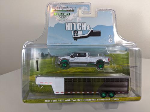 1:64 2019 Ford F-350 – White Platinum and Stone Gray w/Brown & White Two Row Horizontal Gooseneck Livestock Trailer – OMT Exclusive-Green Machine