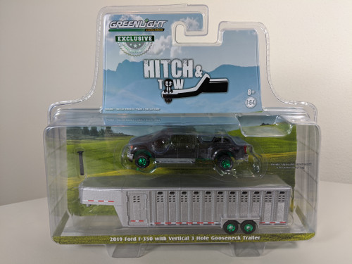 1:64 2019 Ford F-350 – Magnetic w/Ingot Silver 3 Hole Trailer – OMT Exclusive-Green Machine