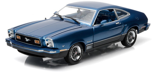 1:18 1976 Ford Mustang II Mach 1 - Blue & Black
