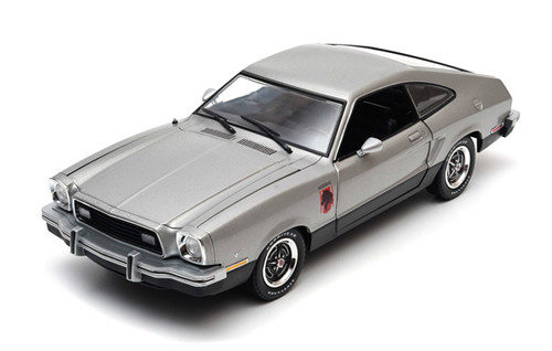 1:18 1976 Ford Mustang II Stallion - Silver & Black