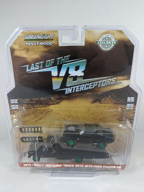 1:64 1972 Ford F-350 Ramp Truck with Last of the V8 Interceptors (1979) 1973 Ford Falcon XB (Hobby Exclusive) - Green Machine