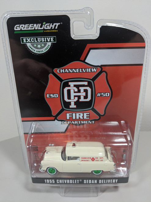 1:64 1955 Chevrolet Sedan Delivery - Channelview, Texas Fire Department Volunteer Emergency Car (Hobby Exclusive) Green Machine