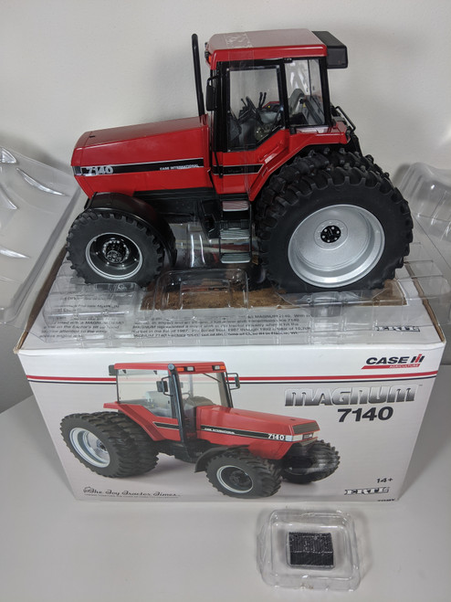 1:16  Case IH Magnum 7140 Toy Tractor Times Edition