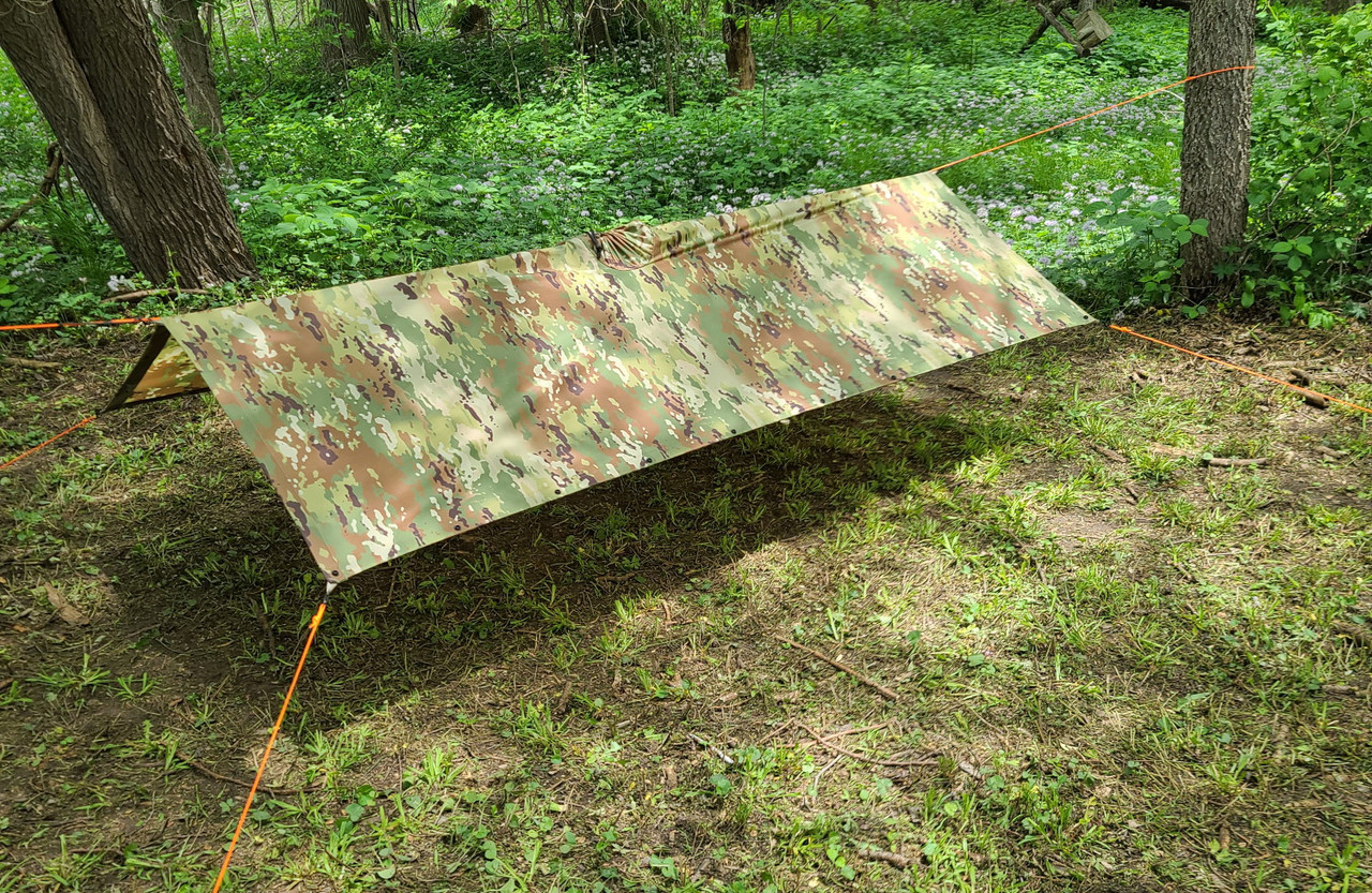 KoreTemp Poncho shelter setup C