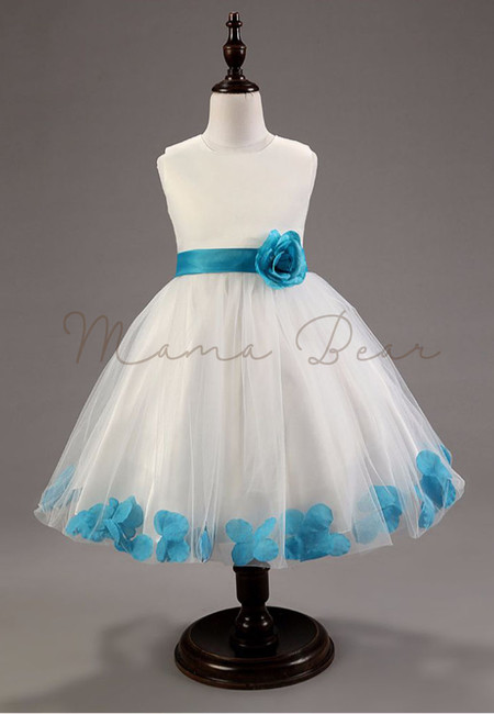Lovely 3D Flower With Bowknot Sleeveless Ball Gown