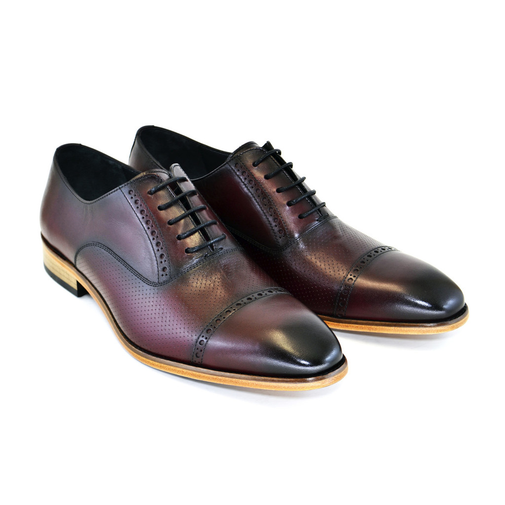 Corrente 5081- Cap toe lace up with natural sole Burgundy