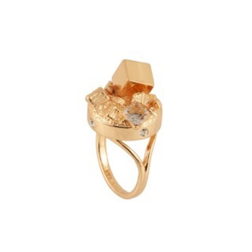 Roches Singulieres Large Cube On Signet Rings | AERO605/11