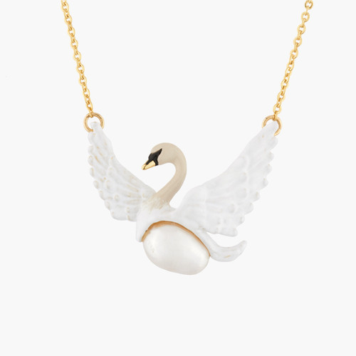 Flying White Swan And Baroque Pearl Necklace   AKCY3021