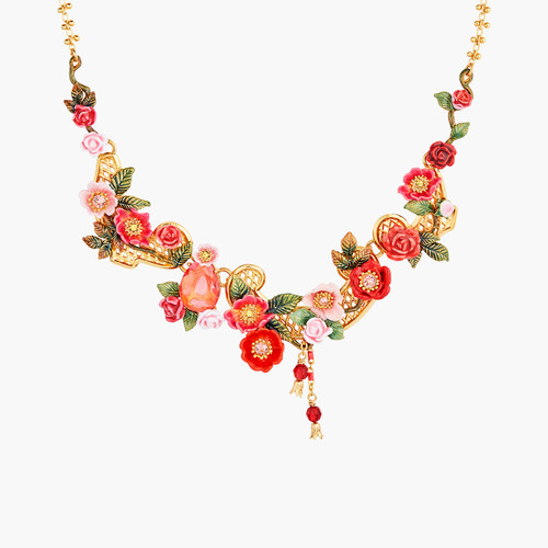 Antique And Wild Roses Collar Necklace | AMAR3011