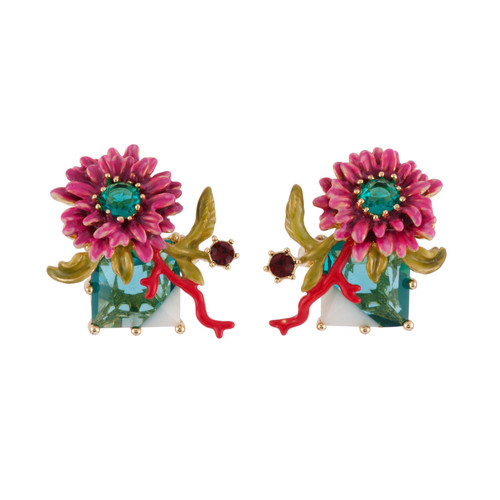 Eclatante Discrétion 3 Colored Crystal Stone W / Flower And Red Coral Earrings | AFED1071