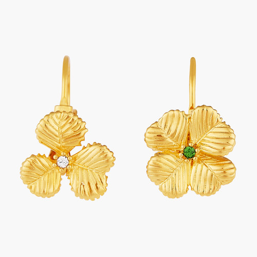 Clovers and Crystals sleeper earrings | AOFC1031
